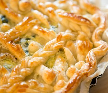 Leafy greens pie, a recipe from the 16th century